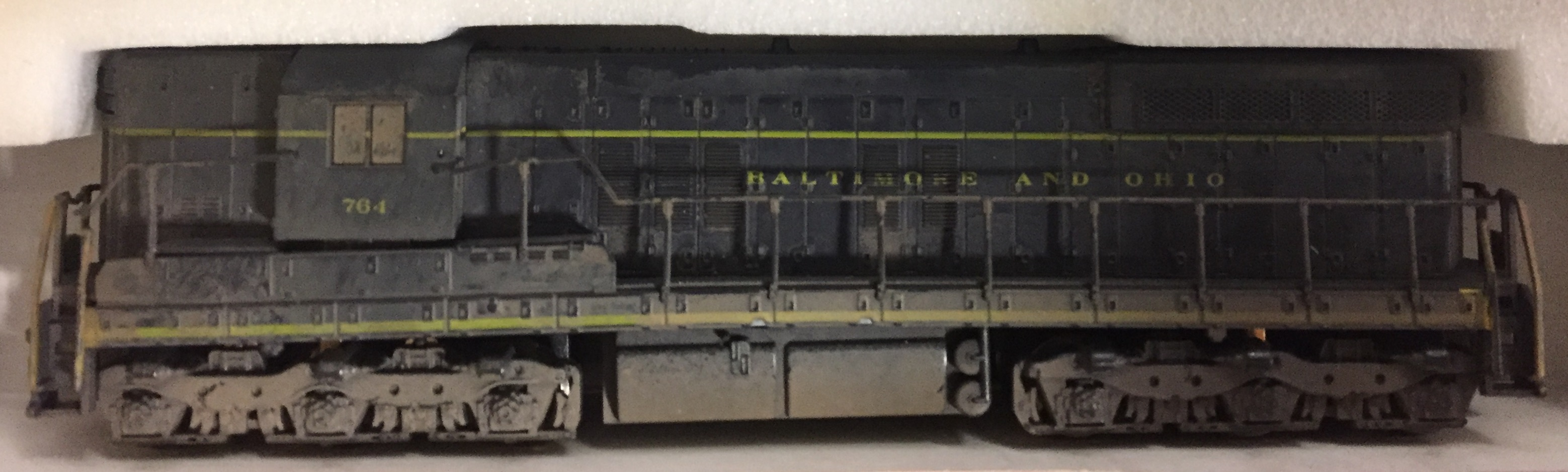 N Scale - Atlas - 4507 - Locomotive, Diesel, EMD SD7 - Baltimore & Ohio - 764