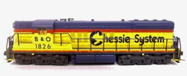 N Scale - Atlas - 4515 - Locomotive, Diesel, EMD SD7 - Chessie System - 1828