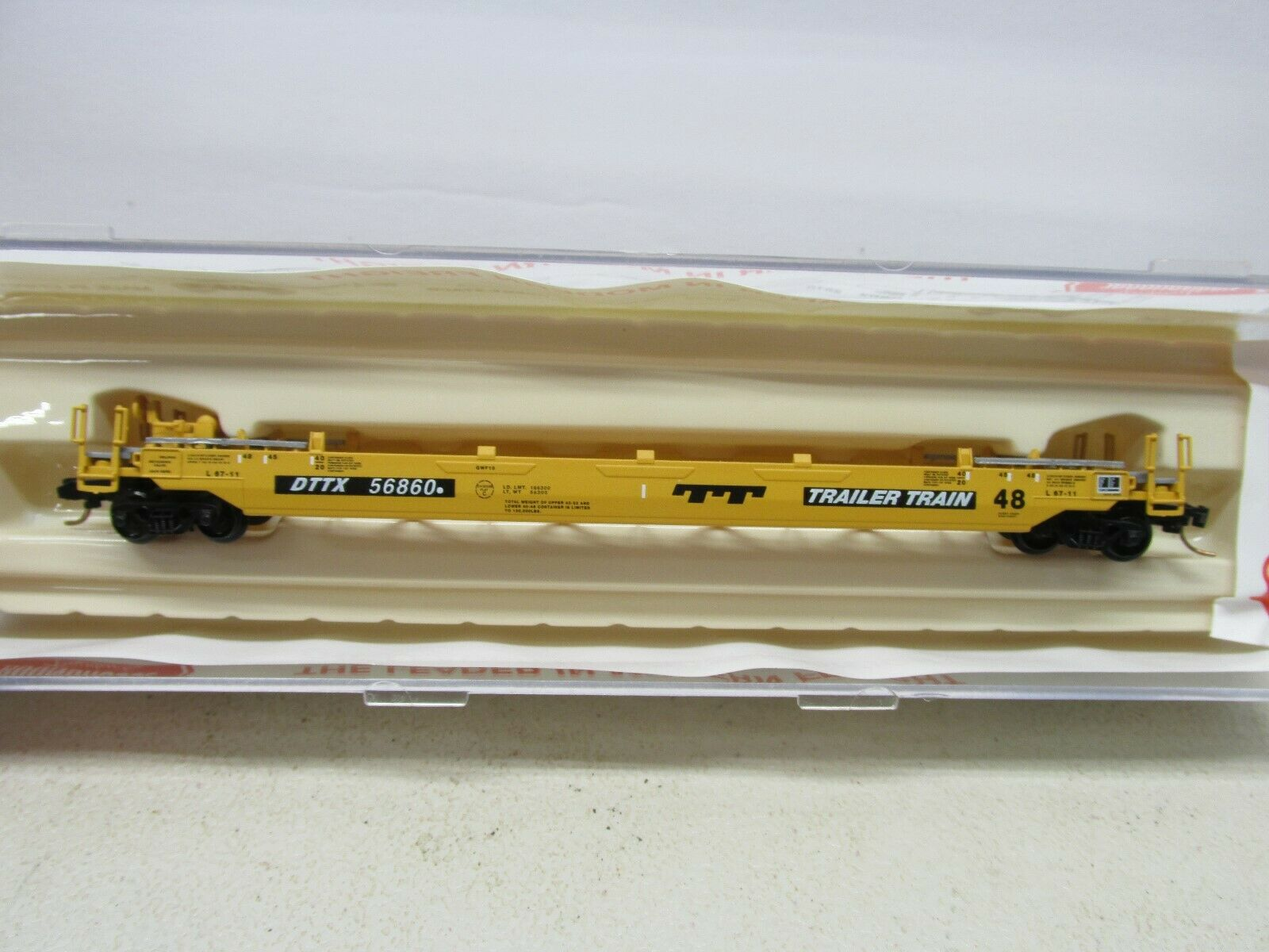 N Scale - Roundhouse - 8471 - Container Car, Single Well, Gunderson Husky Stack 48 - Trailer Train - 56829