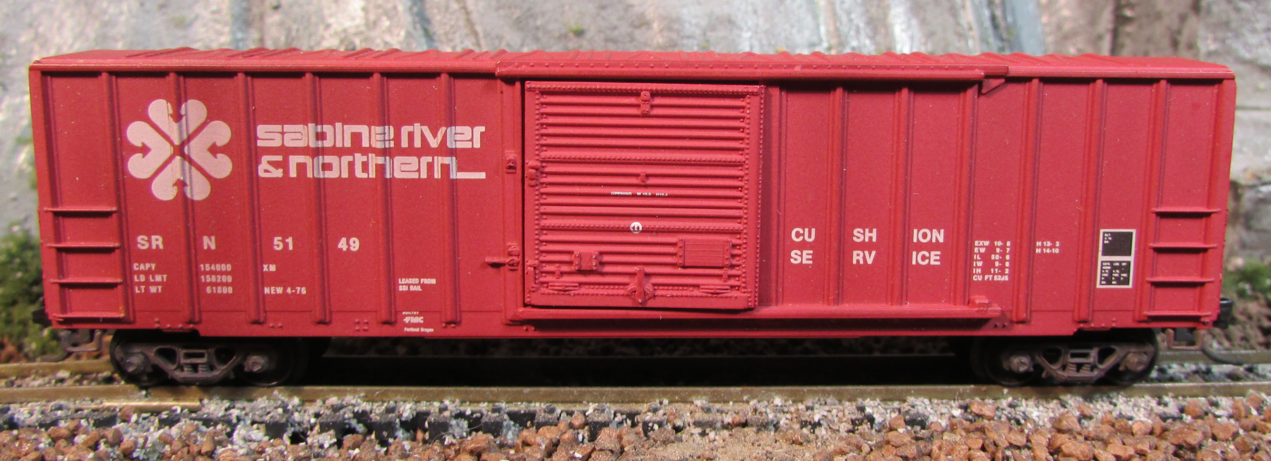 N Scale - Micro-Trains - 25100 - Boxcar, 50 Foot, FMC, 5077 - Sabine River & Northern - 5149