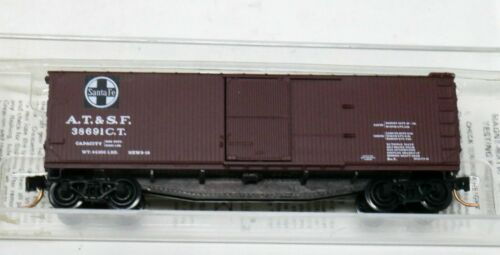 N Scale - Micro-Trains - 39060 - Boxcar, 40 Foot, Double Wood Sheathed - Santa Fe - 38691CT