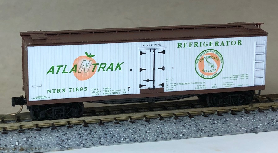 N Scale - Micro-Trains - NSC 95-29 - Reefer, Ice, Wood - NTRAK - 71695