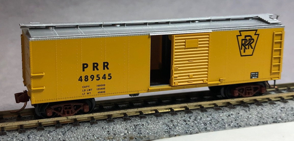 N Scale - Micro-Trains - NSC 01-22 - Boxcar, 40 Foot, USRA Steel Rebuilt - Pennsylvania - 489545
