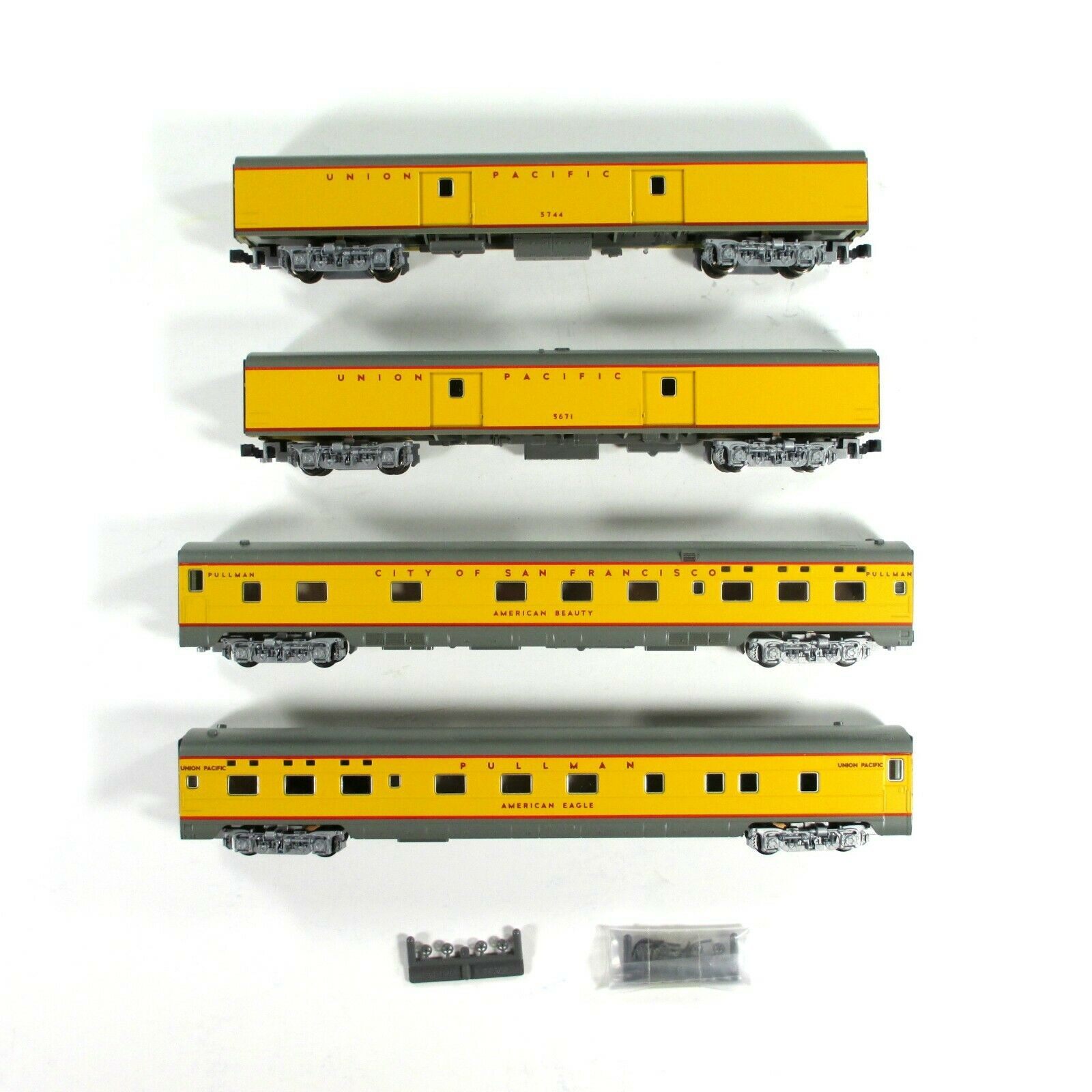 N Scale - Kato USA - 106-5011 - Union Pacific Streamliner Passenger Car 4-Car Set A - Union Pacific - 5744, 5671, American Eagle, American Beauty