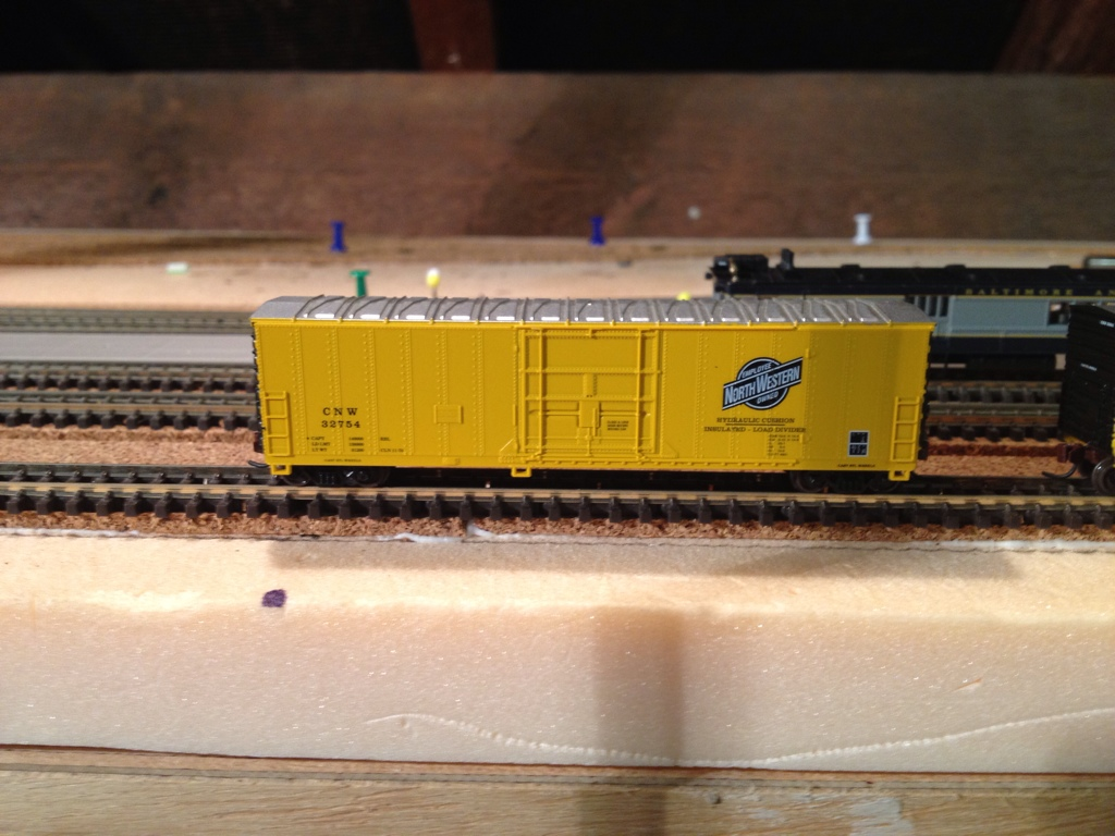 N Scale - Atlas - 33611 - Boxcar, 50 Foot, Fruit Growers Express - Chicago & North Western - 32754
