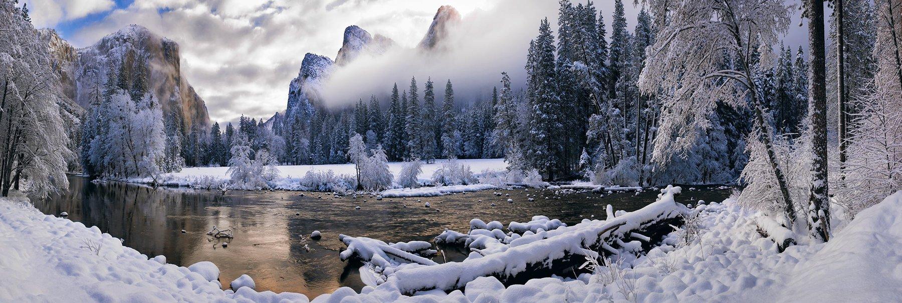 Peter Lik - Mystic Valley