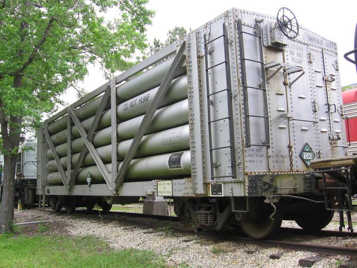 Rail - Rolling Stock (Freight) - Tank Car - 40 Foot, Helium