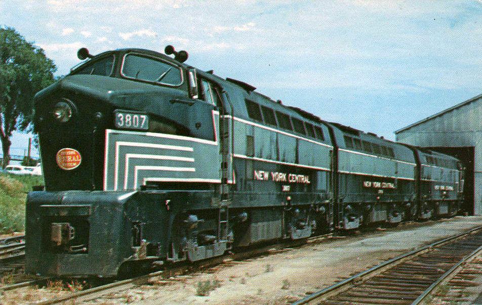 Rail - Locomotive - Diesel - Baldwin RF-16 Sharknose