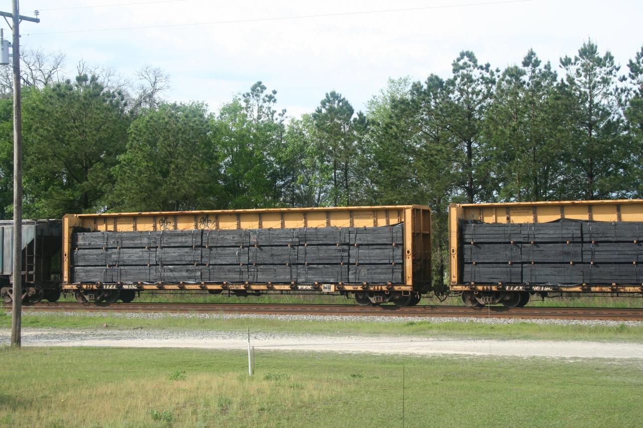Rail - Rolling Stock (Freight) - Flatcar - 60 Foot, Centerbeam