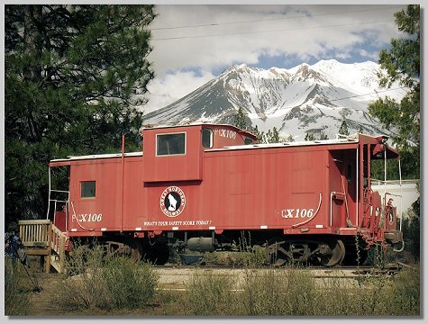 Rail - Rolling Stock (Freight) - Caboose - Cupola