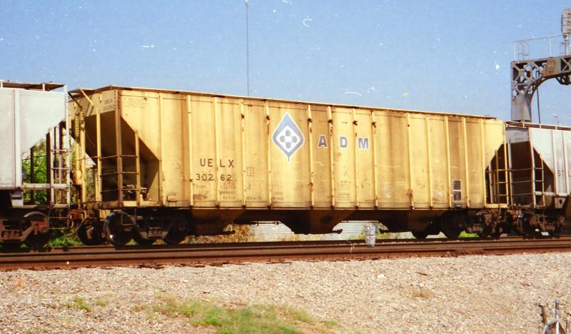 Vehicle - Rail - Rolling Stock (Freight) - Covered Hopper - 3-Bay Evans 4780