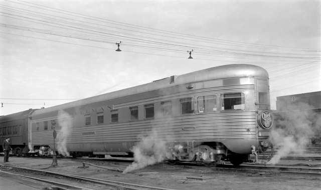 Rail - Passenger Car - Streamlined/Lightweight - Pullman