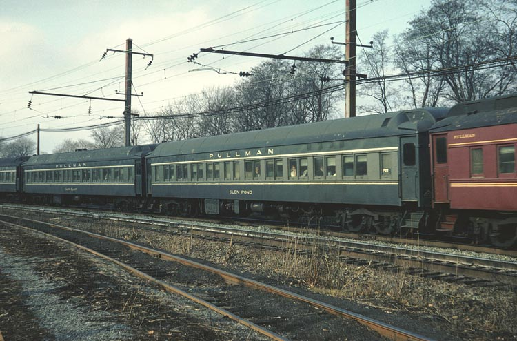 Rail - Passenger Car - Heavyweight - Pullman Paired Window Coach