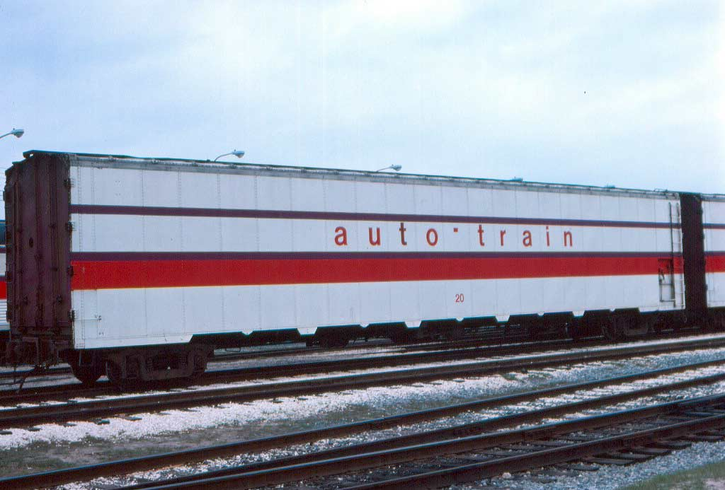 Rail - Rolling Stock (Freight) - Autorack - Auto Train