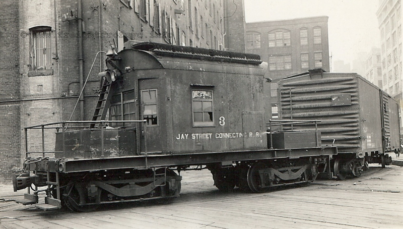 Rail - Rolling Stock (Freight) - Caboose - Transfer