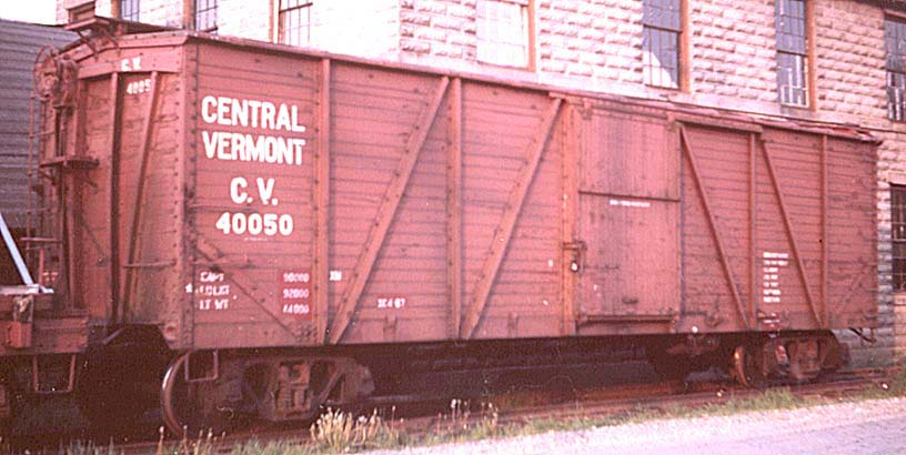 Rail - Rolling Stock (Freight) - Boxcar - 40 Foot Single Wood Sheathed Outside Braced
