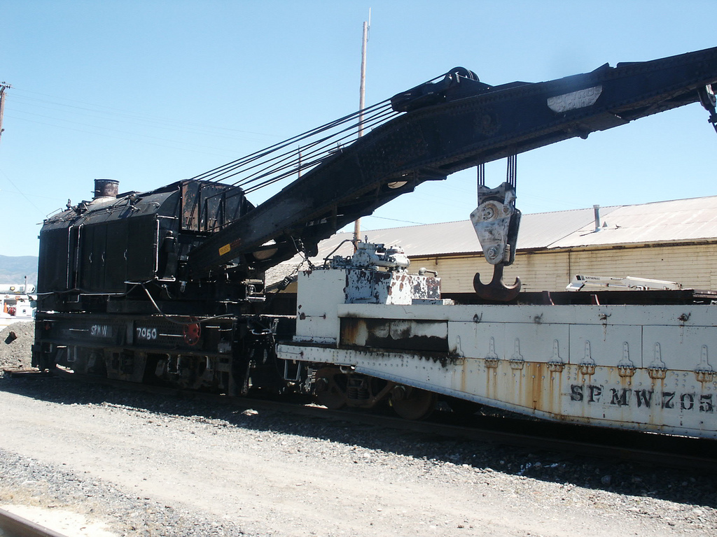Rail - Rolling Stock (Freight) - Maintenance of Way - Wrecking Crane and Flatcar