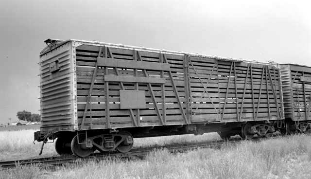 Vehicle - Rail - Rolling Stock (Freight) - Stock Car - 40 Foot, Wood