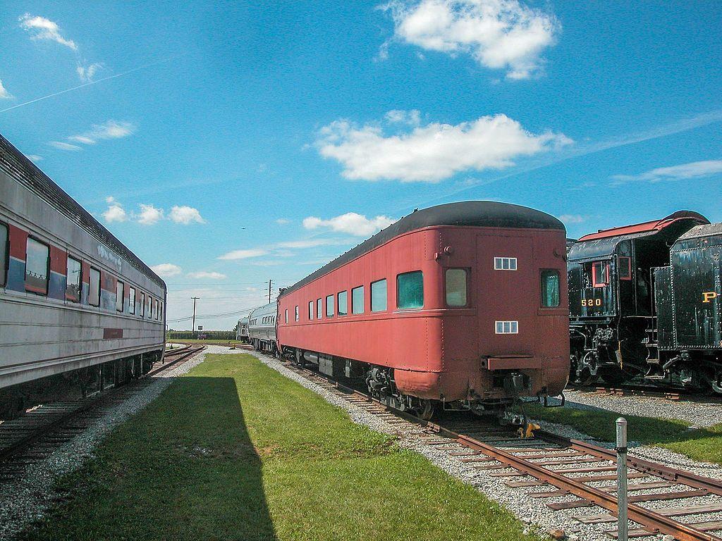 Rail - Passenger Car - Streamlined/Lightweight - Pullman Observation Sleeper
