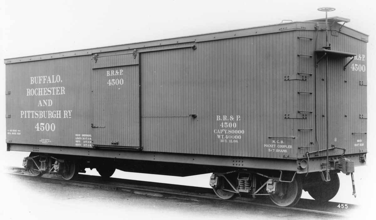 Rail - Rolling Stock (Freight) - Boxcar - 40 Foot Double Wood Sheathed
