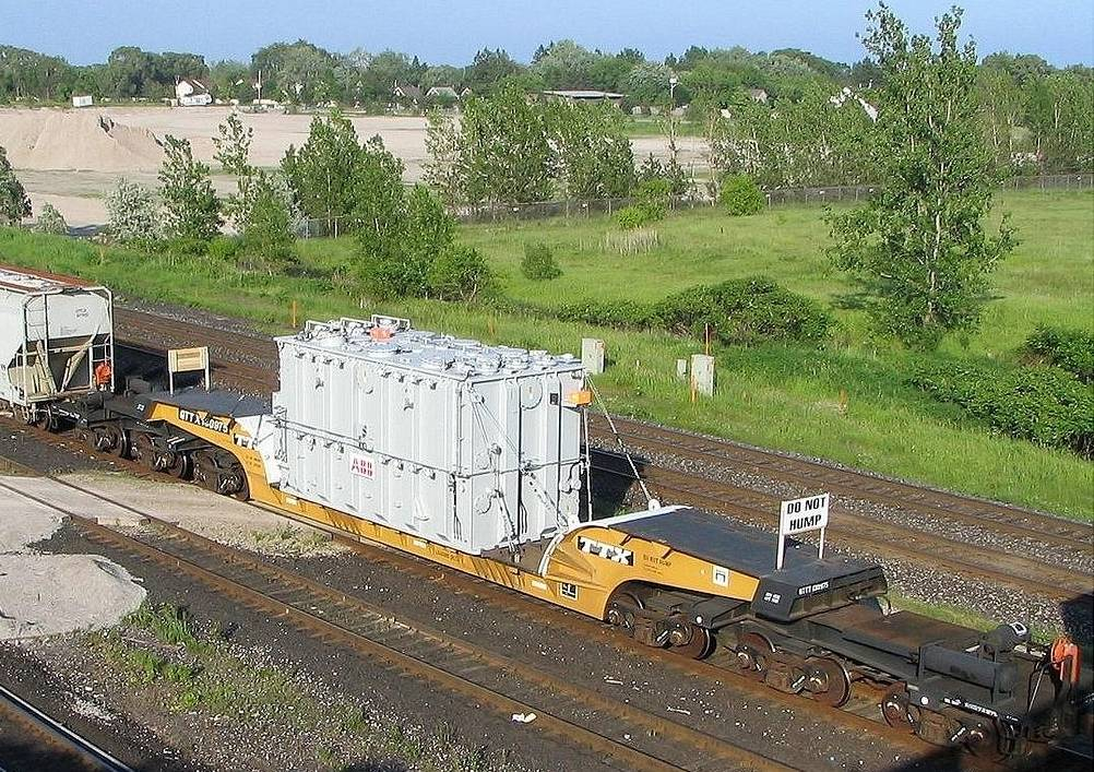 Vehicle - Rail - Rolling Stock (Freight) - Flatcar - Depressed Center