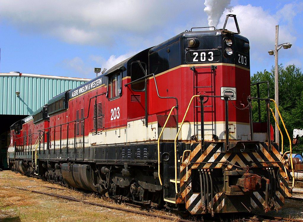Rail - Locomotive - Diesel - EMD SD9
