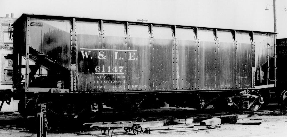 Rail - Rolling Stock (Freight) - Open Hopper - 2-Bay Offset Side