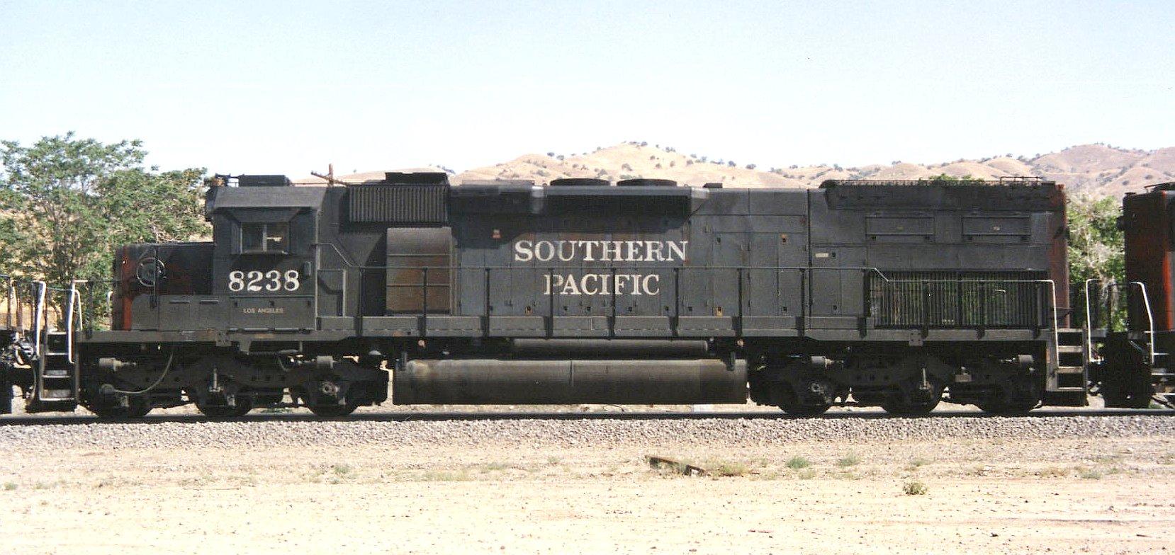 Rail - Locomotive - Diesel - EMD SD40T-2