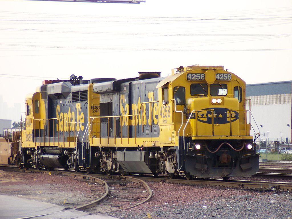 Rail - Locomotive - Diesel - GE B23-7