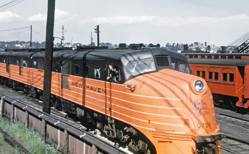 Rail - Locomotive - Diesel - Alco DL-109