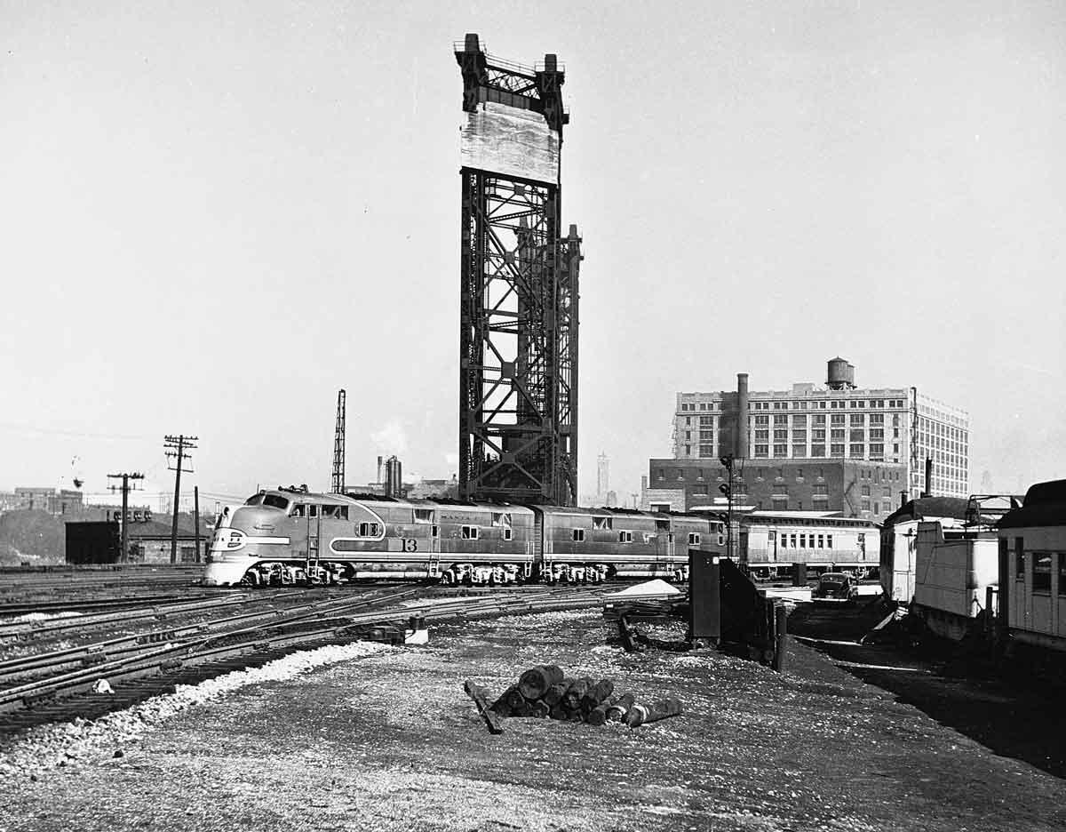 Vehicle - Rail - Passenger Train - Diesel - Transition Era