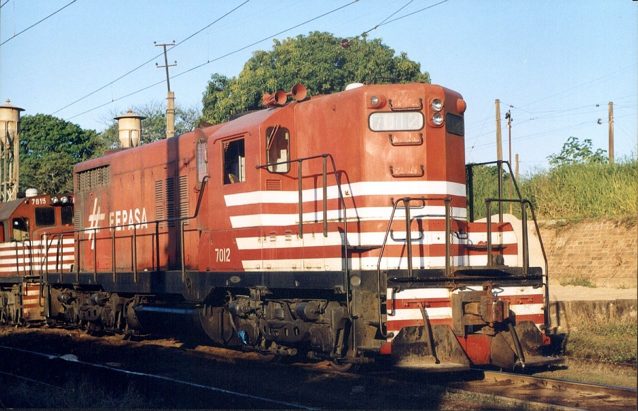 Rail - Locomotive - Diesel - EMD GP18