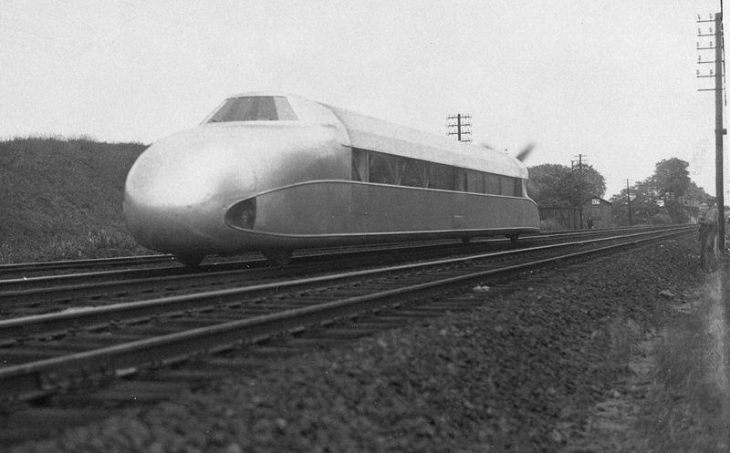 Rail - Railcar - Propeller Driven Aircraft Engine - Rail Zeppelin