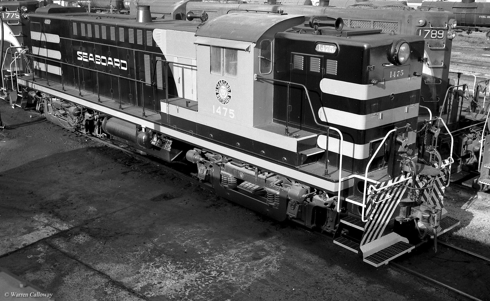 Vehicle - Rail - Locomotive - Diesel - Baldwin RS12 Road Switcher