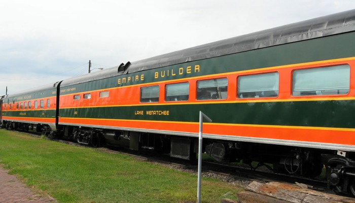 Vehicle - Rail - Passenger Car - Streamlined/Lightweight - Smoothside