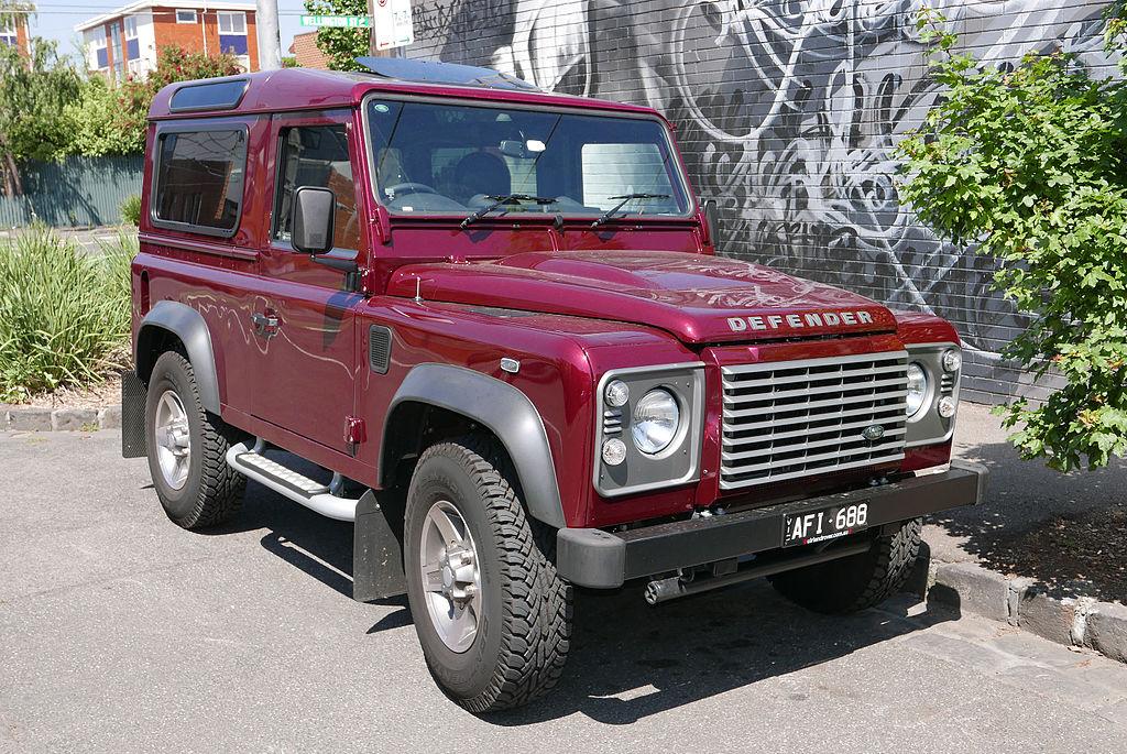 Vehicle - Vehicle - Automobile - Land Rover - Defender