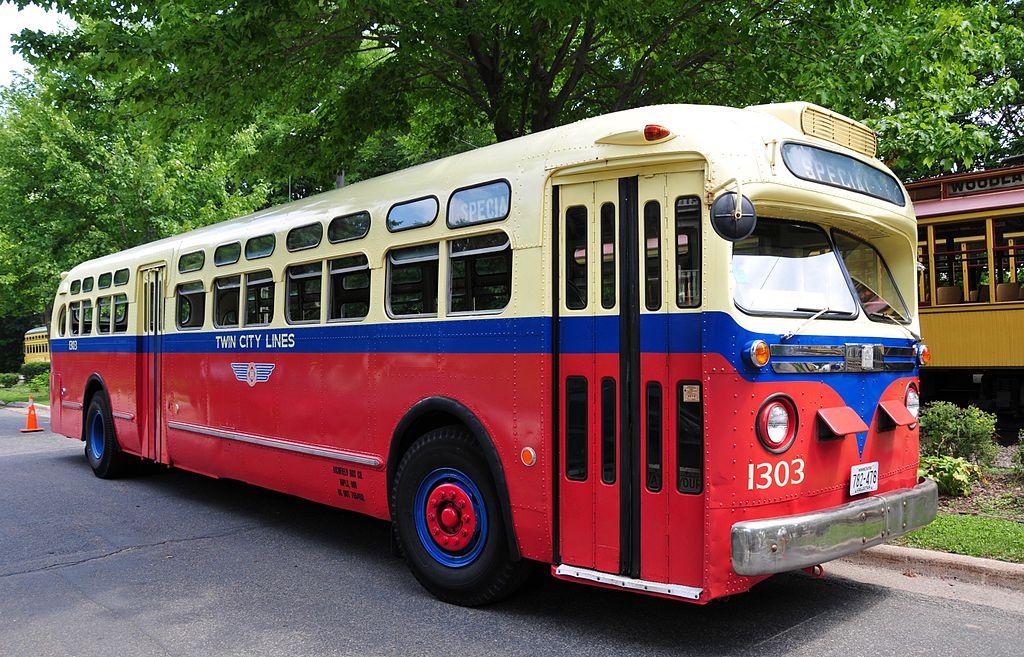 Vehicle - Vehicle - Bus - General Motors - Old Look Bus
