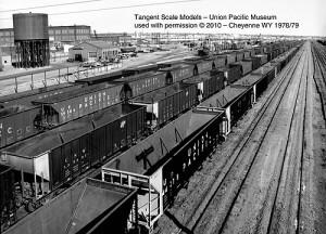 Vehicle - Rail - Rolling Stock (Freight) - Open Hopper - 4-Bay Bethlehem Steel 3600