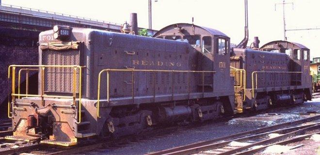 Vehicle - Rail - Locomotive - Diesel - EMD SW900
