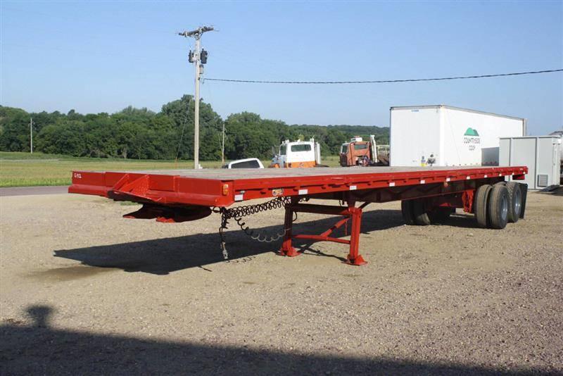 Vehicle - Vehicle - Trailer - Various Sizes - Fruehauf Flatbed