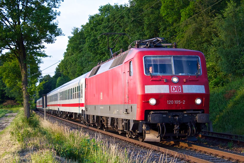 Rail - Locomotive - Electric - BR 120