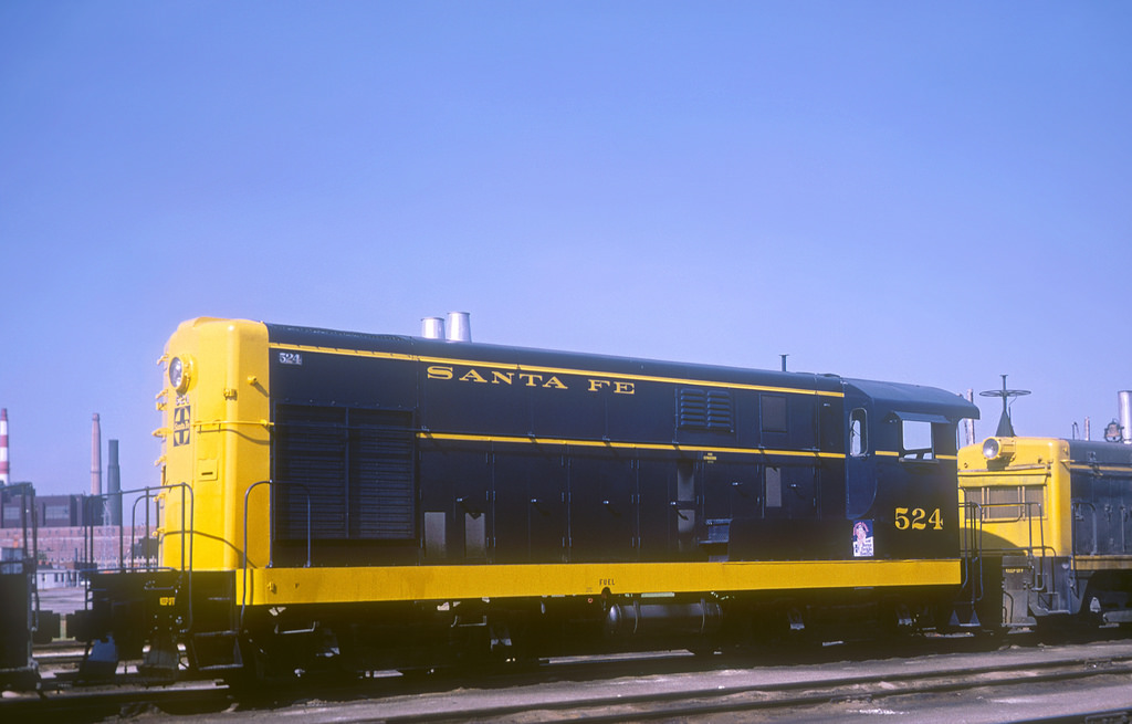 Vehicle - Rail - Locomotive - Diesel - Fairbanks Morse H-12-44