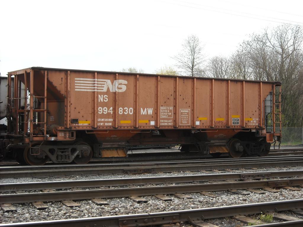 Rail - Rolling Stock (Freight) - Open Hopper - Ballast 100 Ton