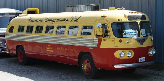 Vehicle - Bus - Flxible - Coach