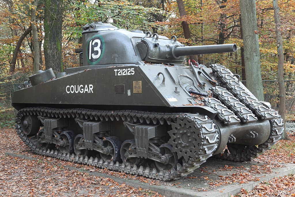 Intermodal - Armored Vehicle - Tank - M4 Sherman