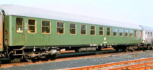 Vehicle - Rail - Passenger Car - UIC - Type X