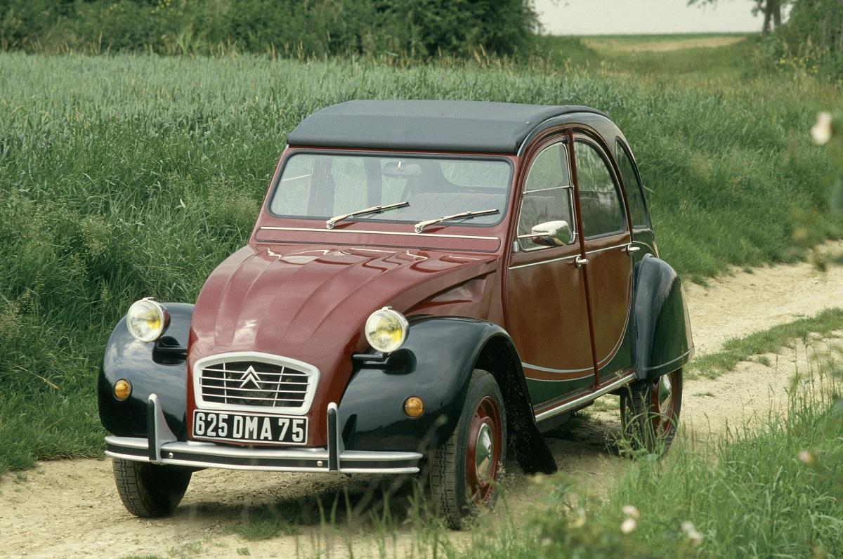 Vehicle - Vehicle - Automobile - Citroën - 2CV
