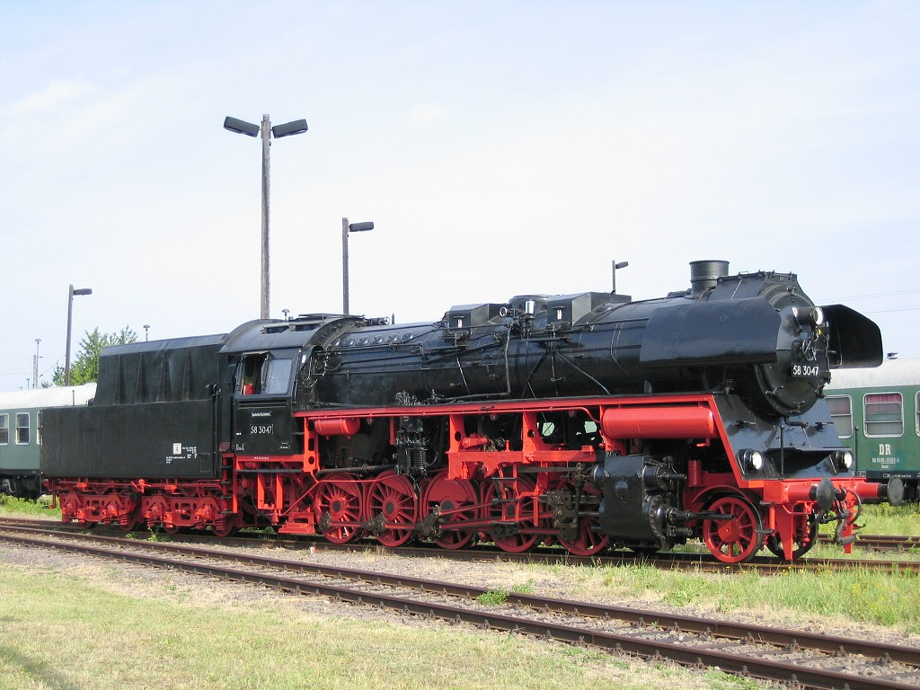 Vehicle - Rail - Locomotive - Steam - 2-10-0 DR 58