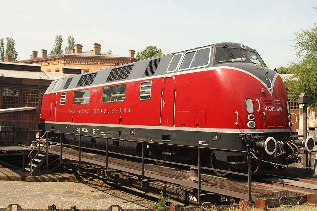 Vehicle - Rail - Locomotive - Diesel - DB V200
