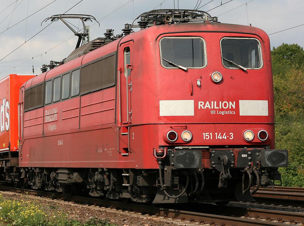 Rail - Locomotive - Electric - DB 151